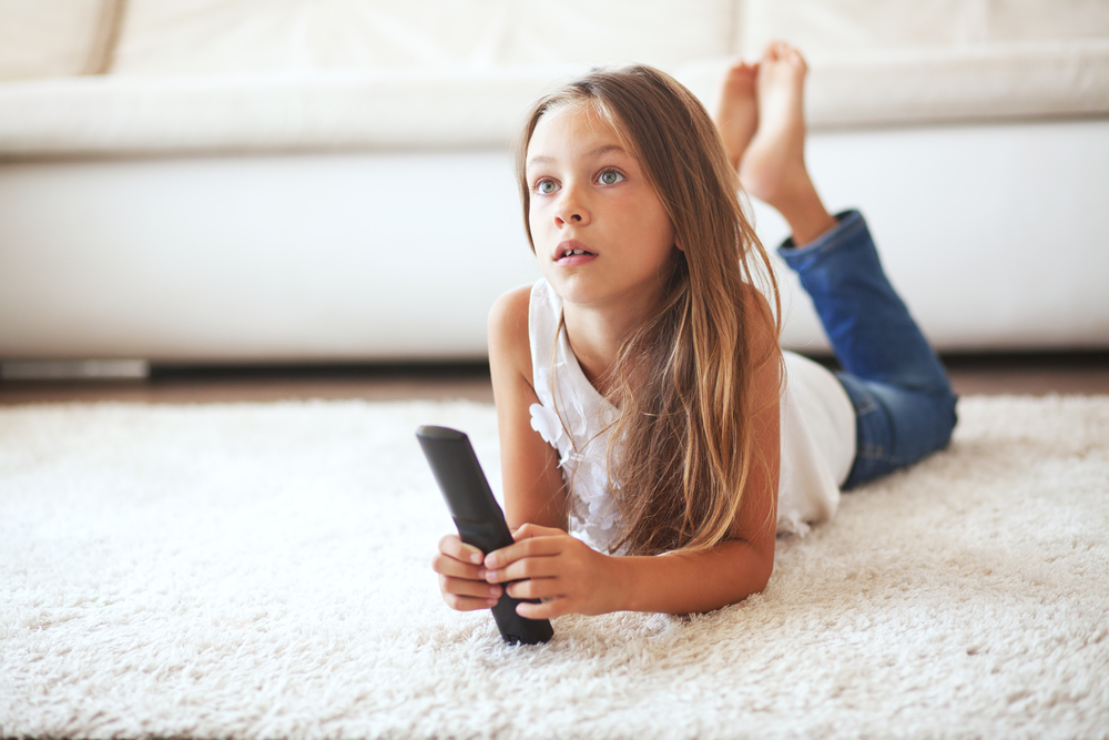Introducing Your Child to Media: What Age is Good for Electronics?